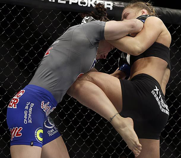 rousey-knee